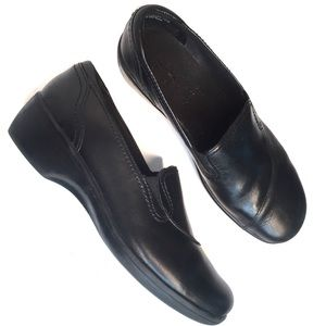Clarks Bendables 'May Poppy' Black Leather Shoes